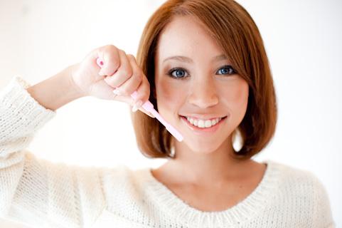 【夢占い】 歯を磨く夢を見たら好きな人からいい知らせがあるかも!?