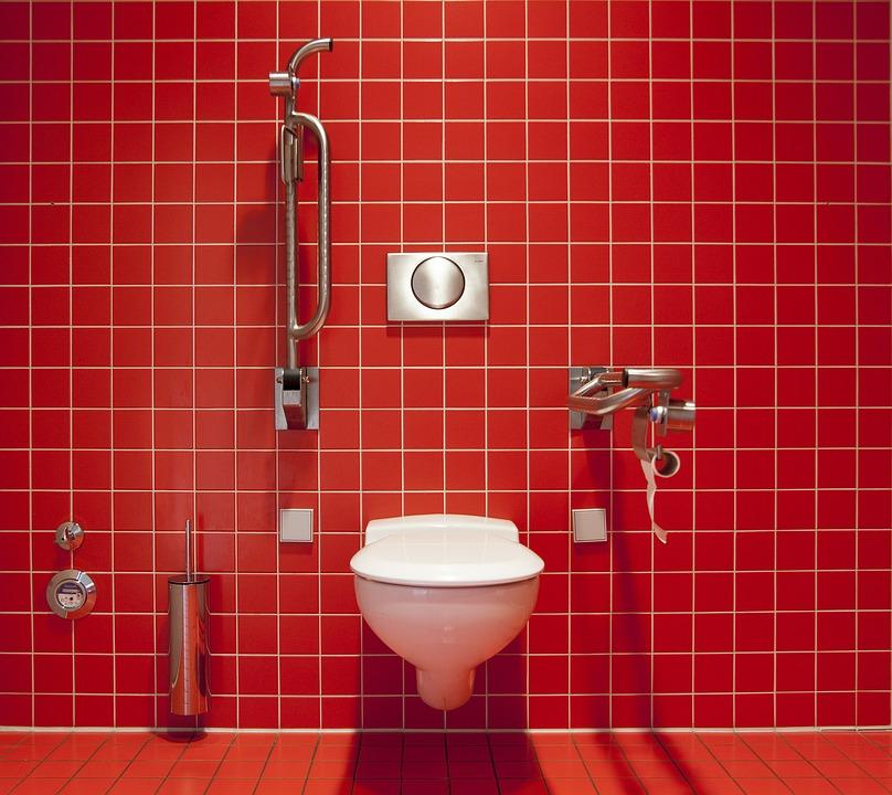 【夢占い】汚いトイレの夢などパターン別に夢診断!「トイレの夢」に隠された意味とは?