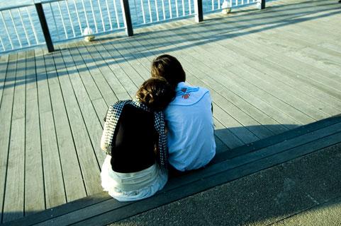 男性がキスしたいサインとは?急にキスする彼氏の心理とキスしたい瞬間!