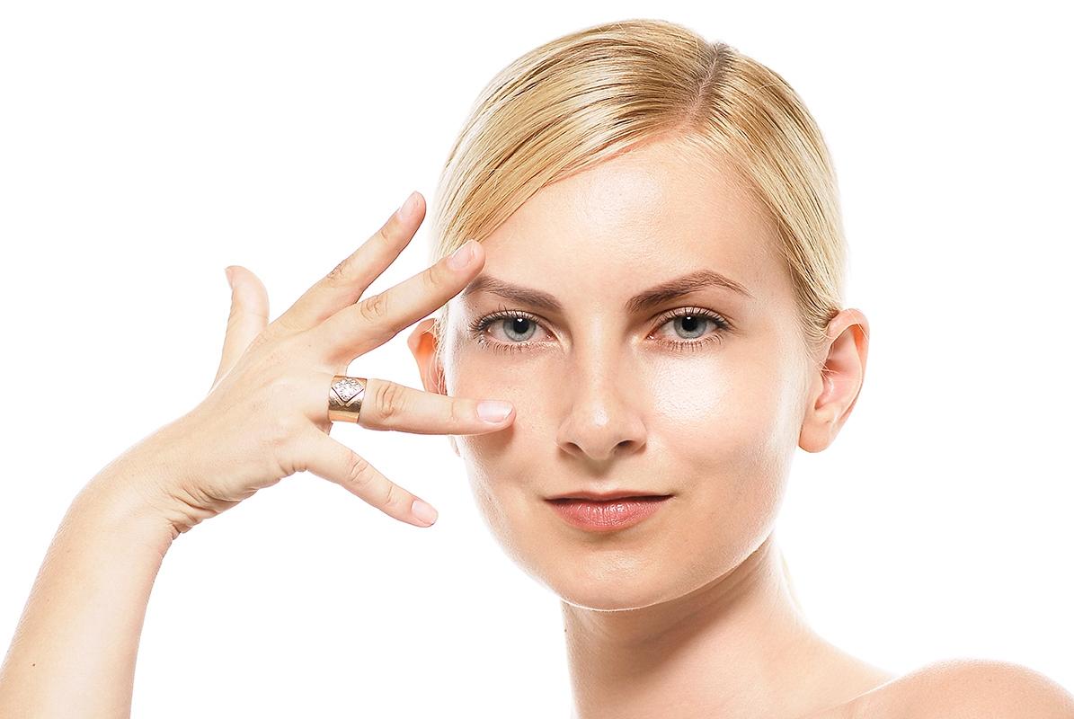 目で見る人相占い!出目と奥目、たれ目、つり目など目の形、瞳の色で性格診断