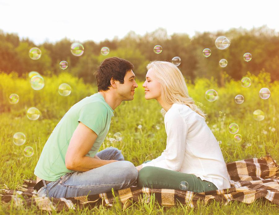長続きしているカップルの特徴⑨外見ではなく中身を好きになる