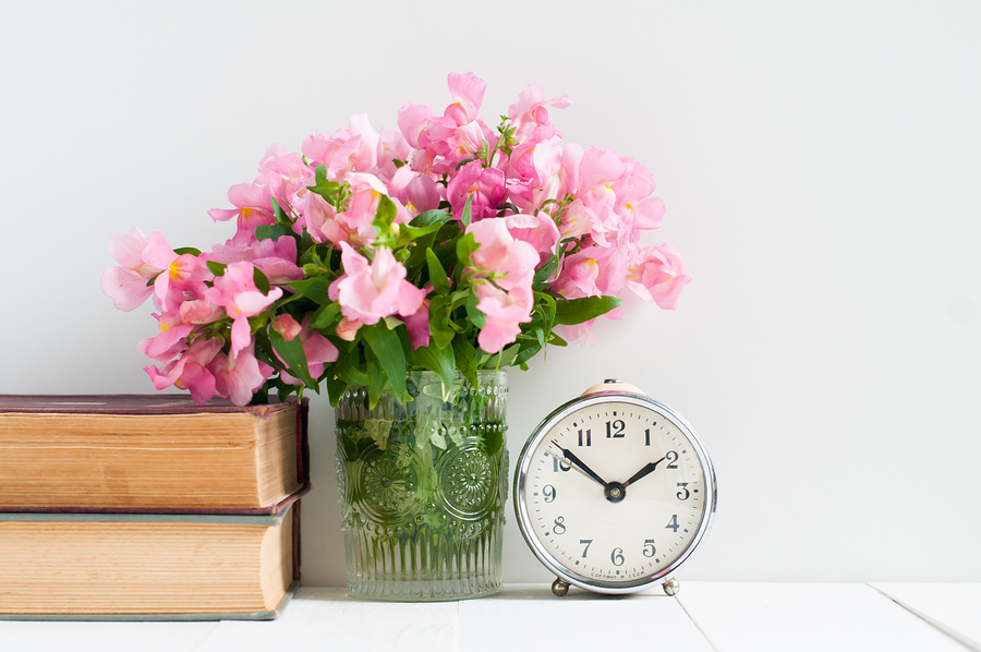 【クリスマスまでに彼氏ができるおまじない】お部屋に生花を飾る