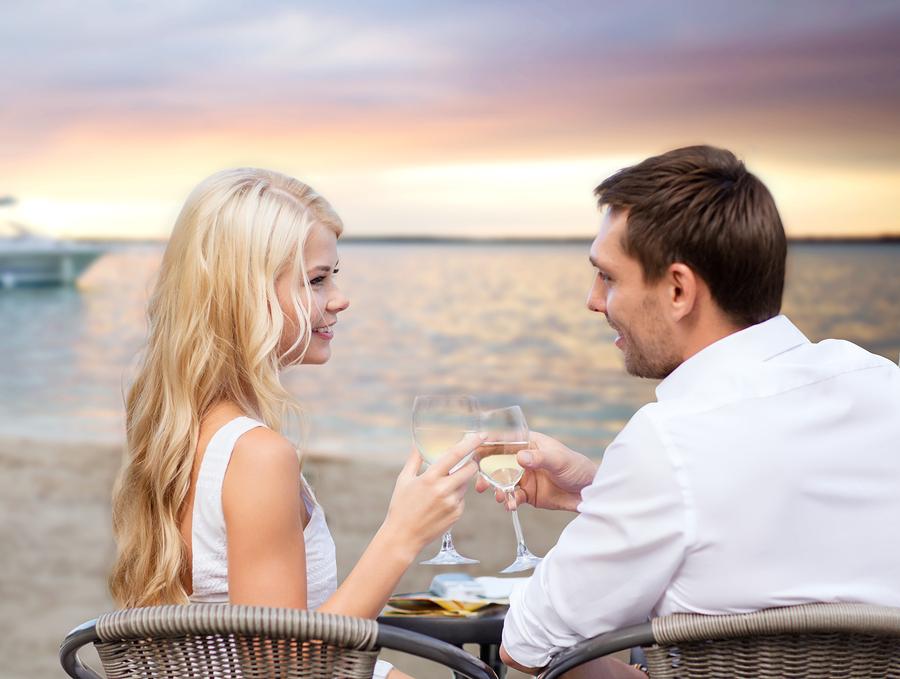 人気の婚活イベント「ホワイトキー」ではどんな出会いがある?