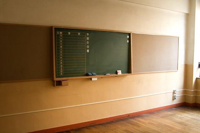 【夢占い】学校に行く夢には意外な意味が?大人になってからも見る学校の夢
