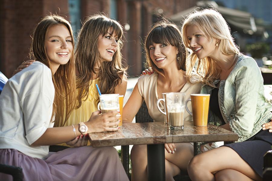好きな人と話す方法■友達の協力を得る