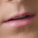 【人相占い・顔相占い唇の意味】薄い唇