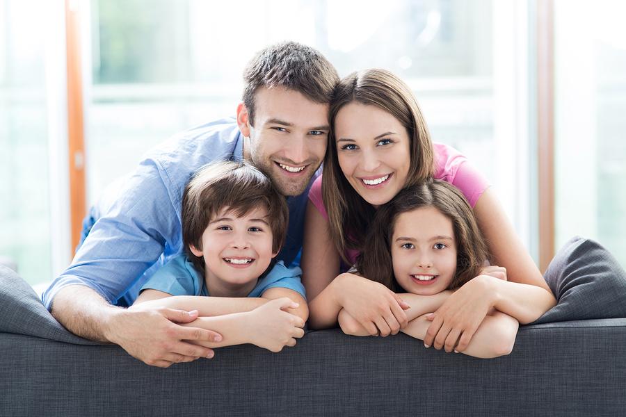 イケメン彼氏のメリット:家族からも好感度が高い