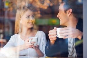 穏やかに話を聞く|癒し系女性の特徴