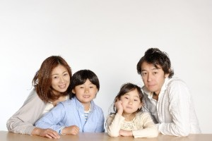 お嬢様っぽい育ちが良い人の特徴4:家族円満