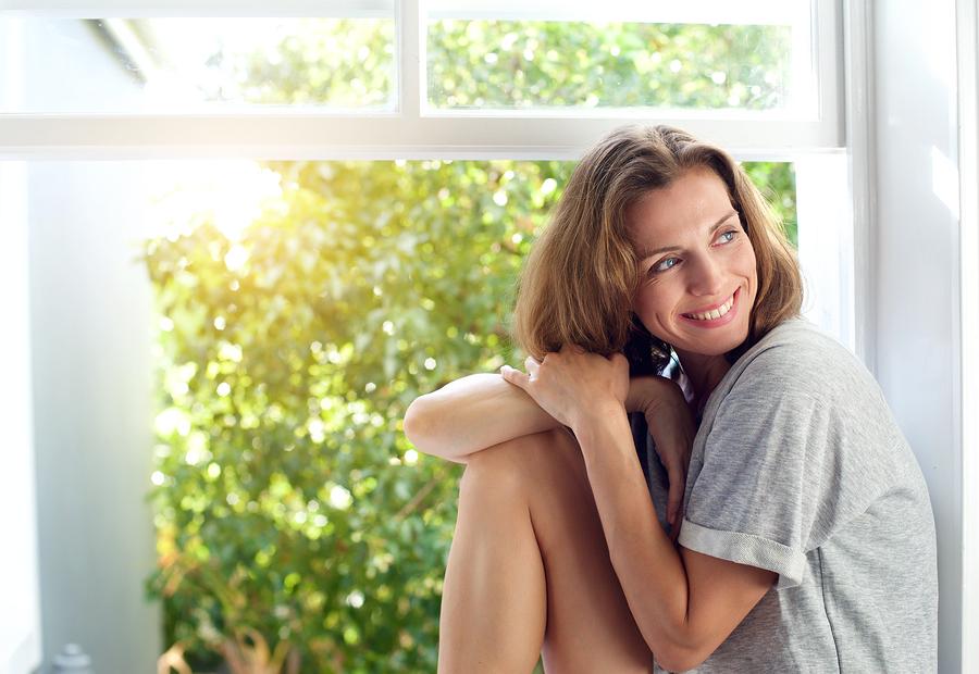 真剣に付き合いたい女性の特徴8:金遣いが荒くない
