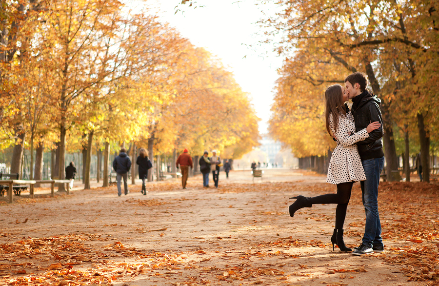 景色の良い公園で初キス