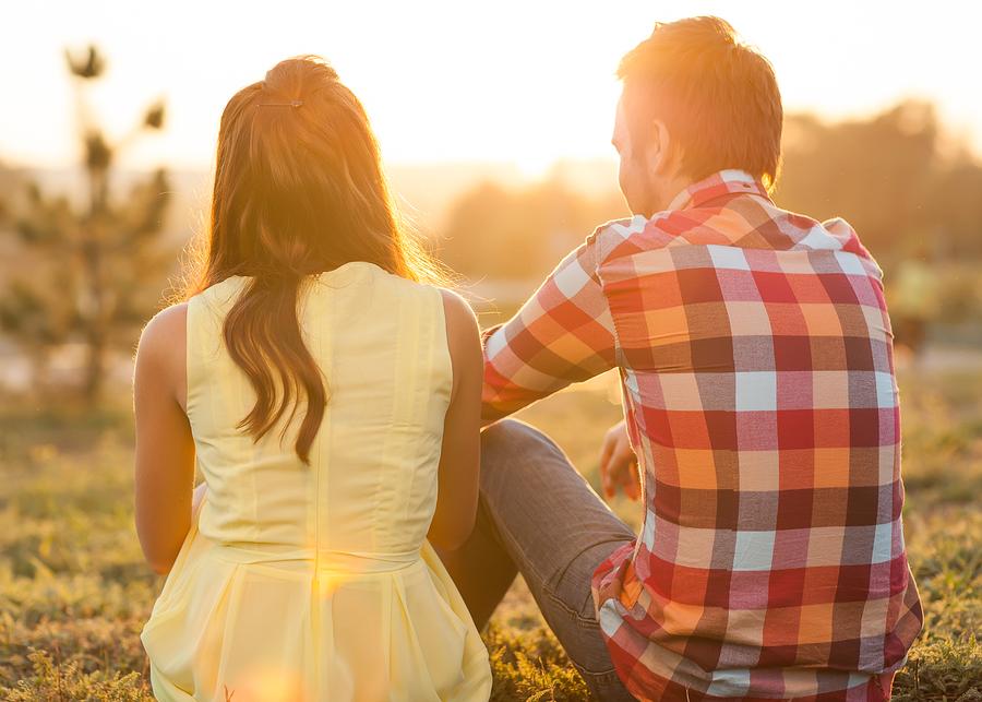 真剣に付き合いたい女性の特徴1:支え合える