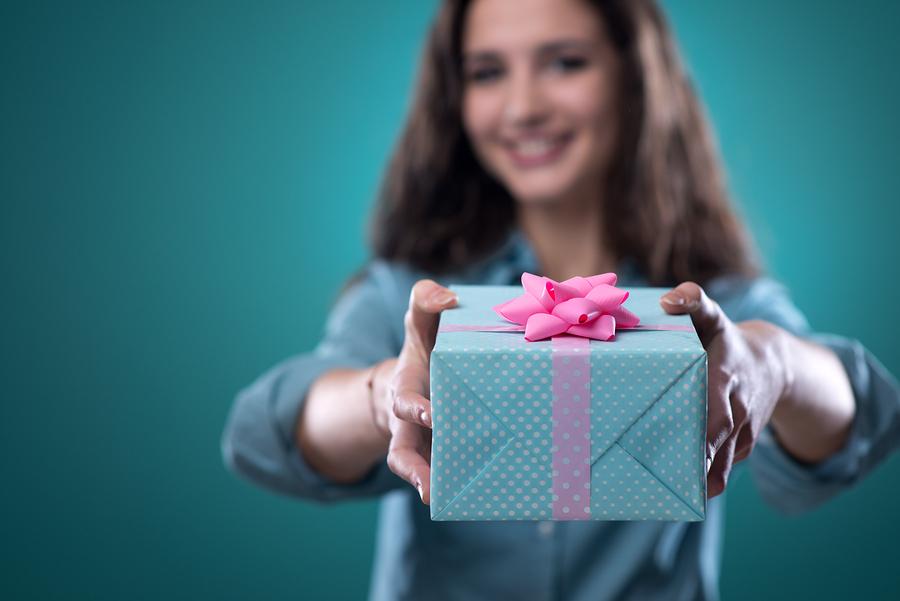 これをあげときゃ大丈夫🌟男性がもらって嬉しかった5つのプレゼント