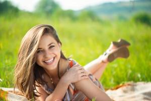 一目惚れさせる方法1:いつでも微笑みを絶やさないこと
