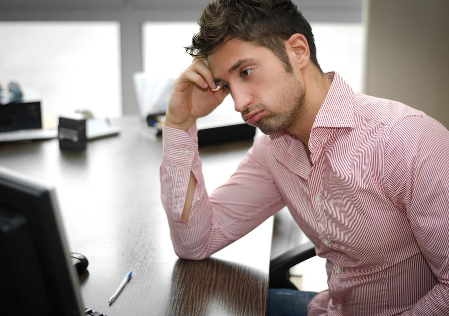 仕事が忙しい彼氏への対処法⑤応援も寂しいもくどくどしない