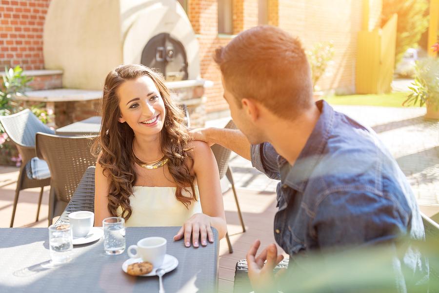 母性本能をくすぐる男性の行動⑥自分の好きな事についてずっと話している