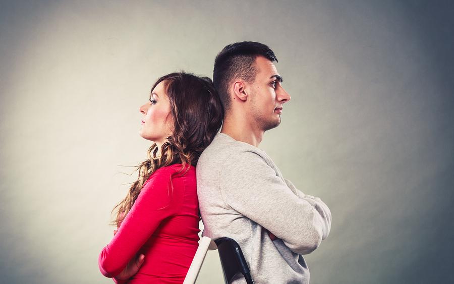 好きな人の前で態度が違う女性が多い理由