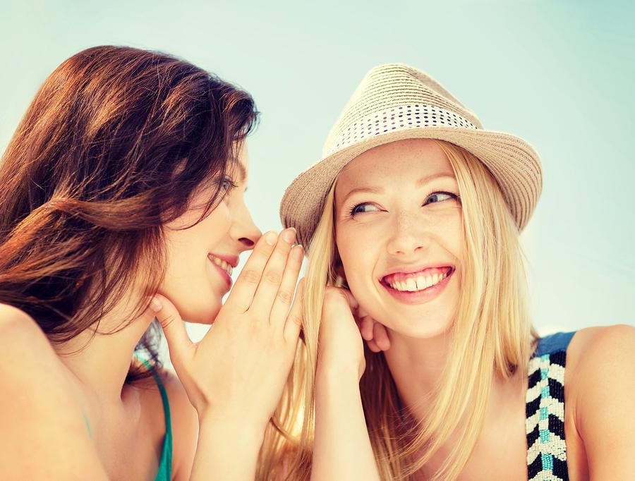 安っぽい女性の特徴◆喋りすぎる