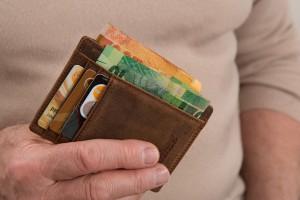 男性が結婚を決意する瞬間◆財布の管理がしっかりしている瞬間