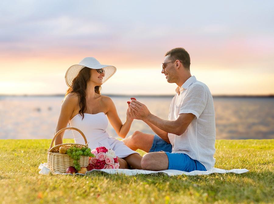 「女性 プロポーズ 受ける」の画像検索結果