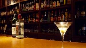 ポイント3:お酒を飲みたがる