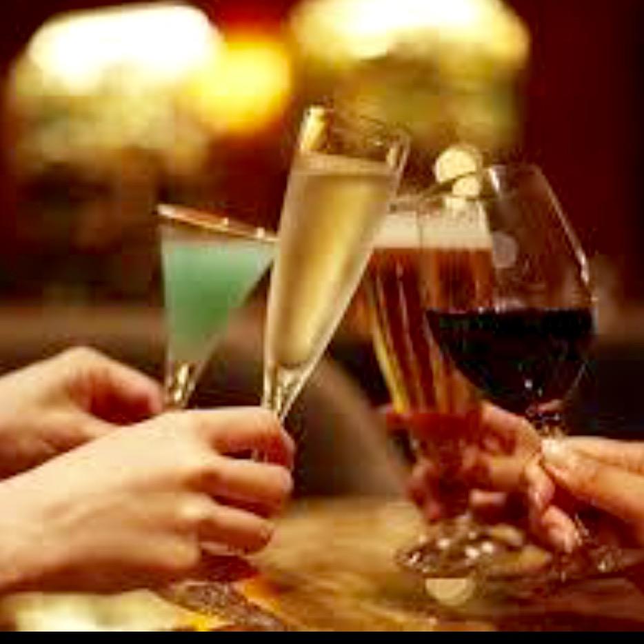 慌てるな!酔った勢いのキスに隠された本当の意味とは?【飲み会でのキスの意味は?】