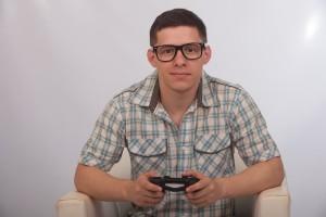 眼鏡男子を嫌いな理由2:暗そうに見える