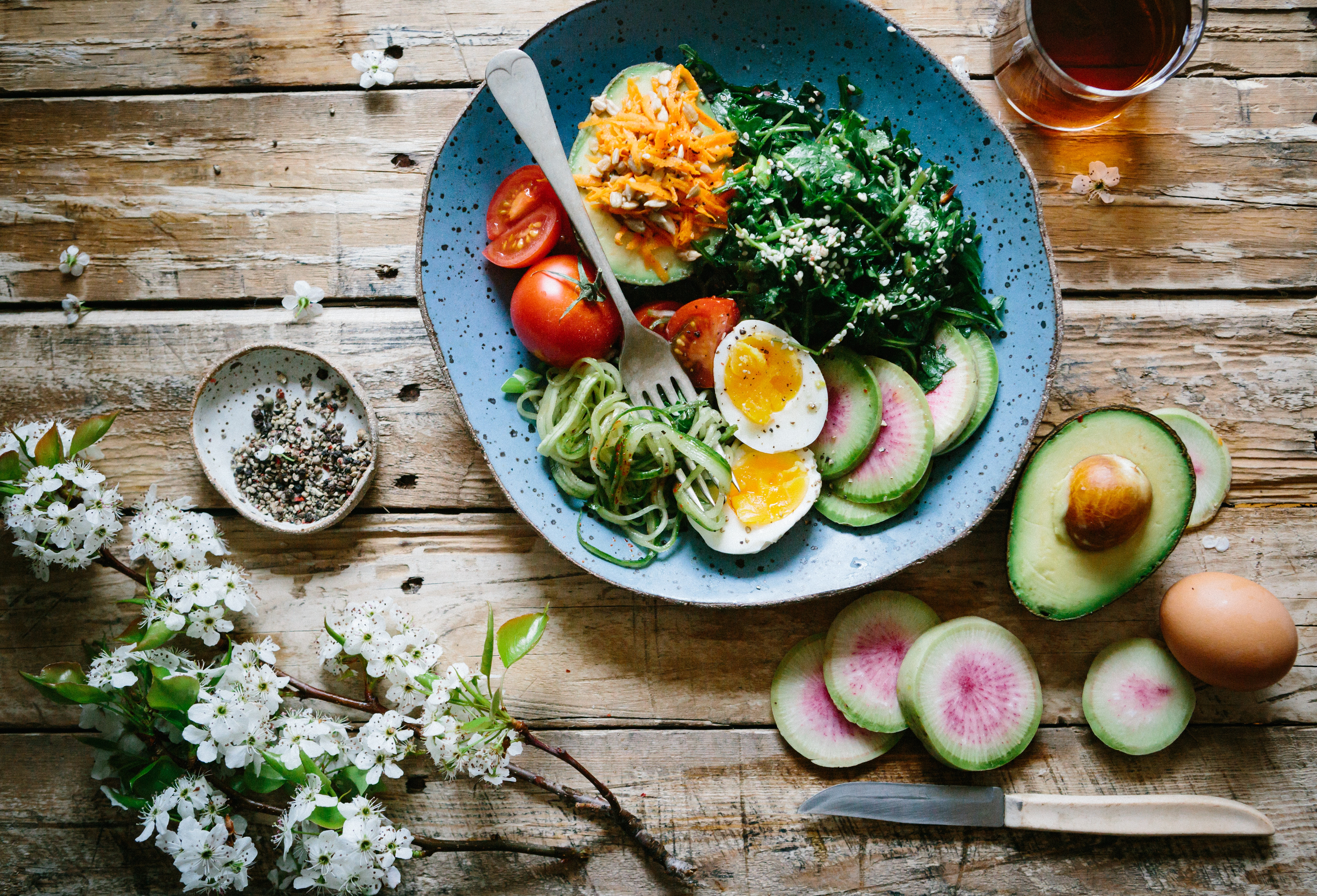 健康を考えて毎日食べる食べ物と飲み物を見直す!おすすめ飲料は?