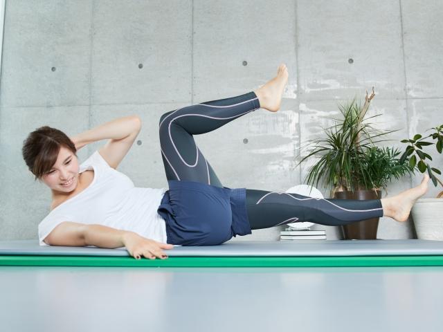 足を長くする方法は?身長を伸ばすストレッチや、短足改善する簡単な方法教えます♪