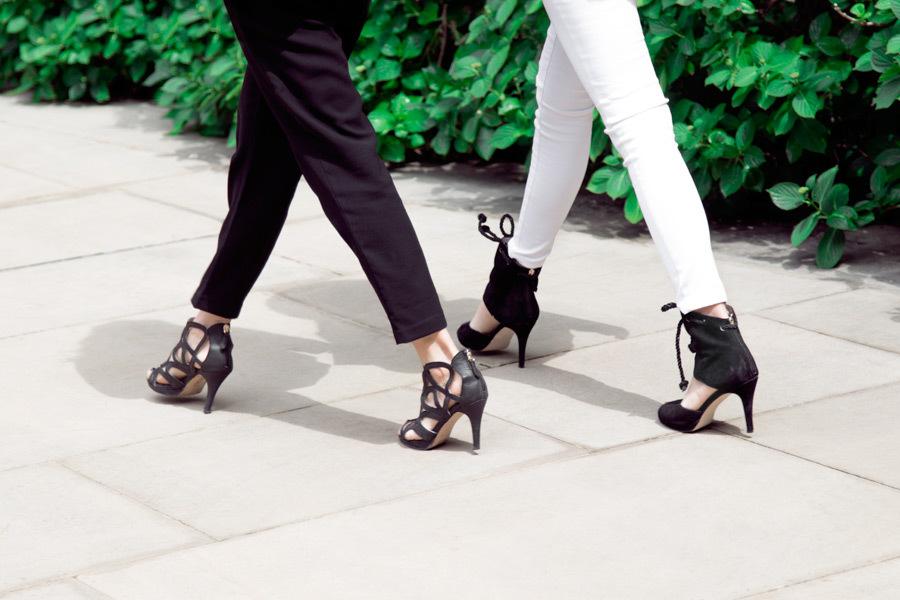 足を伸ばす方法①O脚を改善して股下を伸ばす