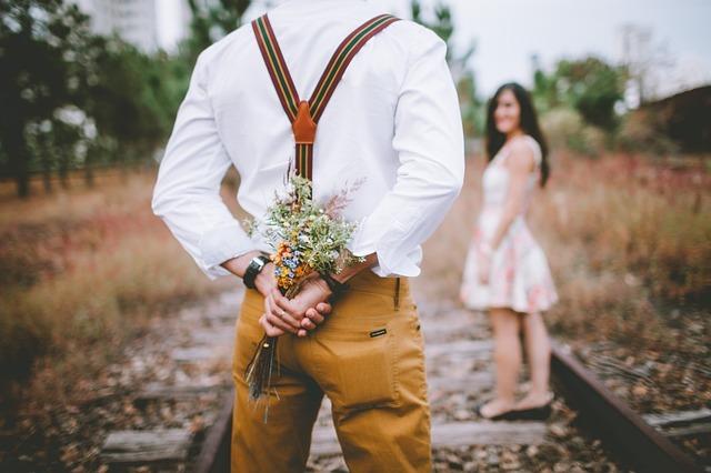 年下彼氏と付き合うメリット・デメリット♥年下彼氏と付き合う方法