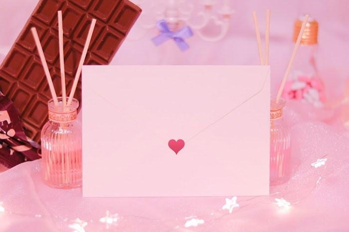 一目惚れして渡す手紙のレターセットはシンプルなものを選ぶ