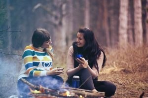 彼氏と別れる決心をする時期を見極めるポイント④家族やお友達が別れるように言われる