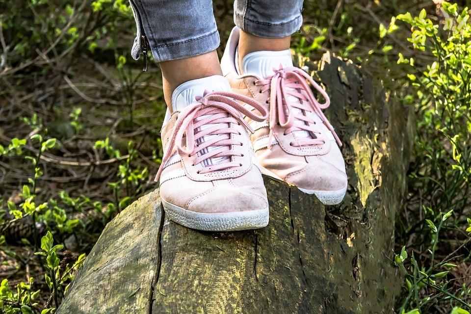 恋愛スピリチュアルジンクス⑤新しい靴を買った翌日に雨