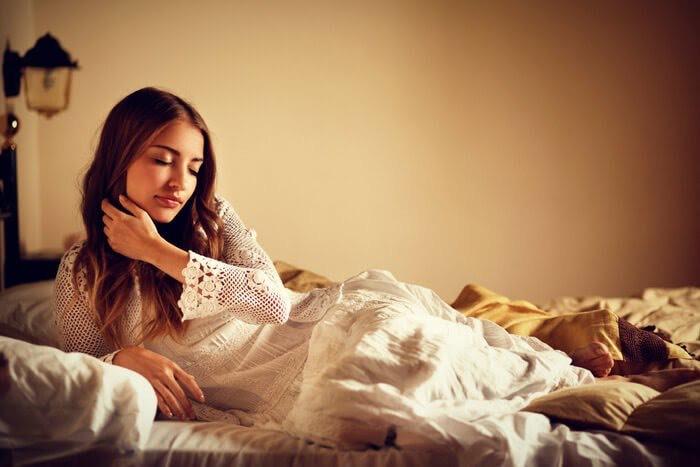 私、恋から遠ざかってる!?一気に恋愛運を上げる最強の寝室風水5選