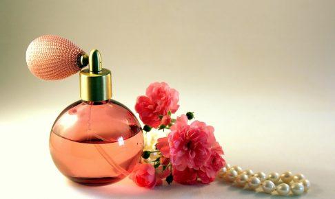 良い香りの女子はモテる♡男性ウケの良い香りとオススメアイテムを解説!
