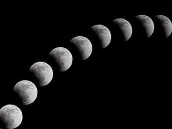 【辛口オネエ】悪夢を見る日は決まってる?月の星座をちょいチェック!【お遊び月占い】