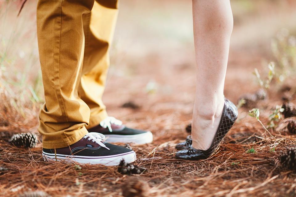理想のカップルの身長差はどのくらい?