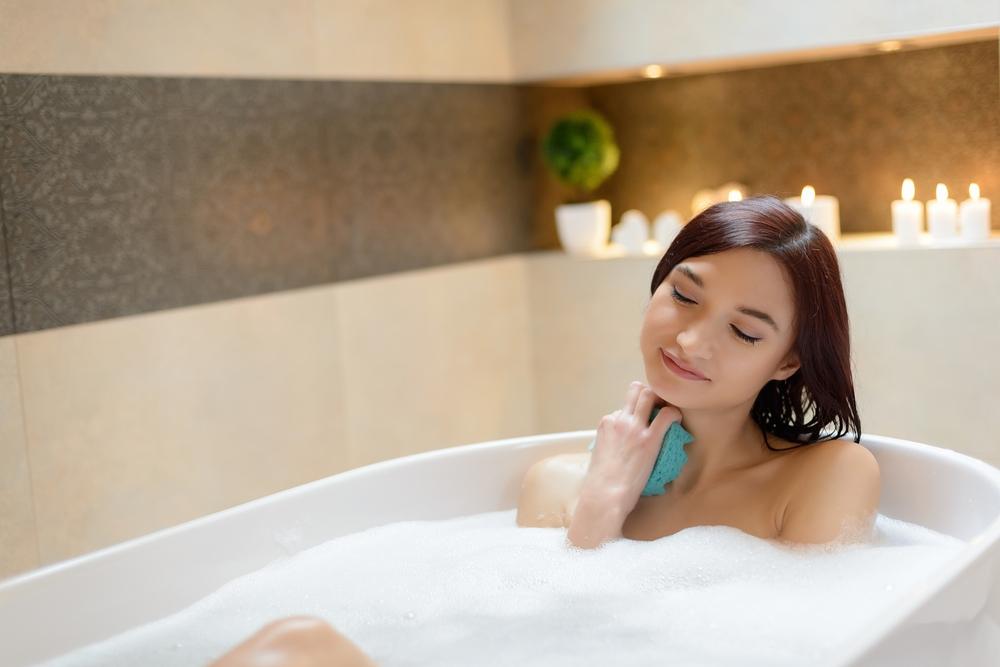 シャワーだけじゃもったいない!「お風呂」の美容効果がスゴイ件について