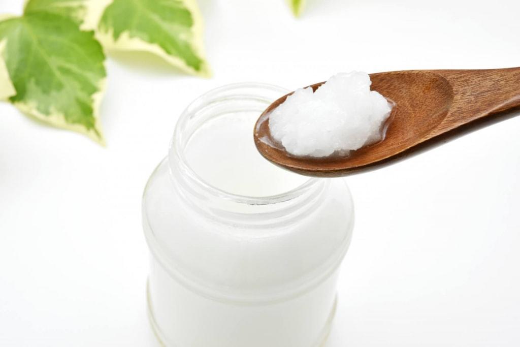 ココナッツオイルの肌への効果