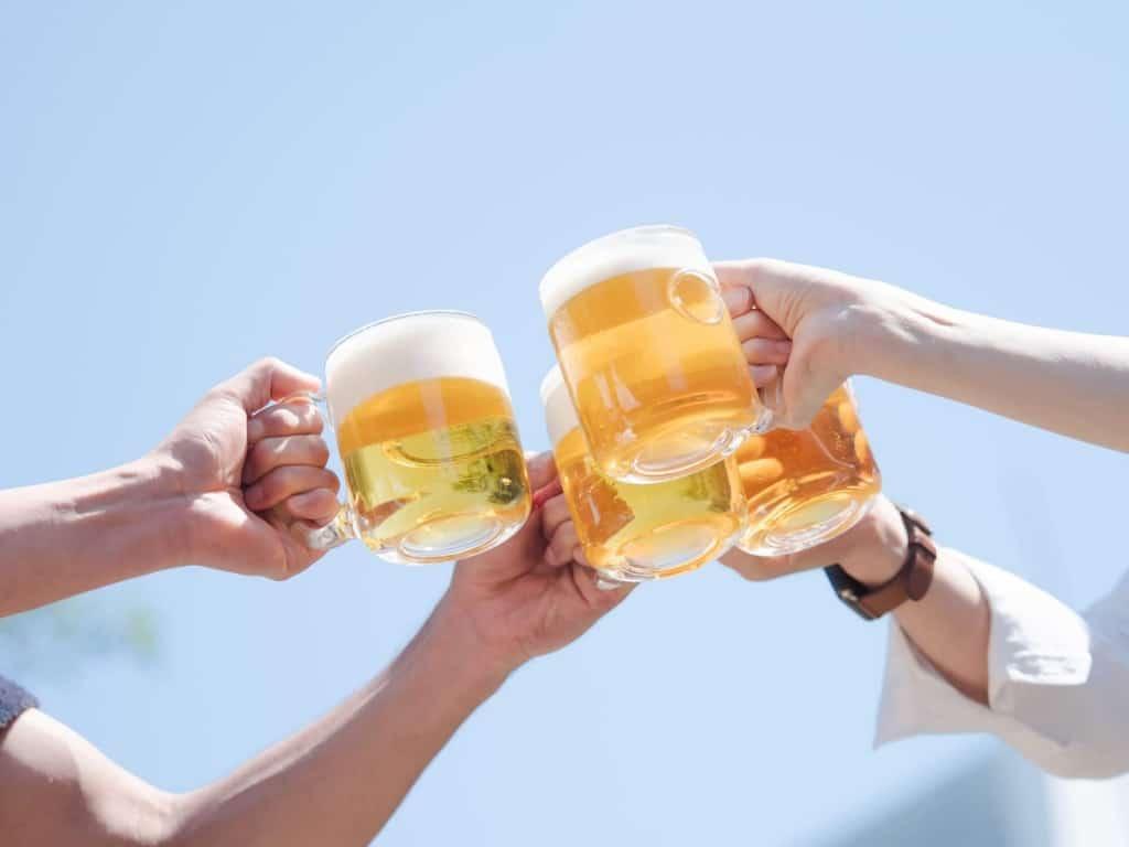 【夢占い】ビールは夢占いでは対人関係を表すと言われている!?