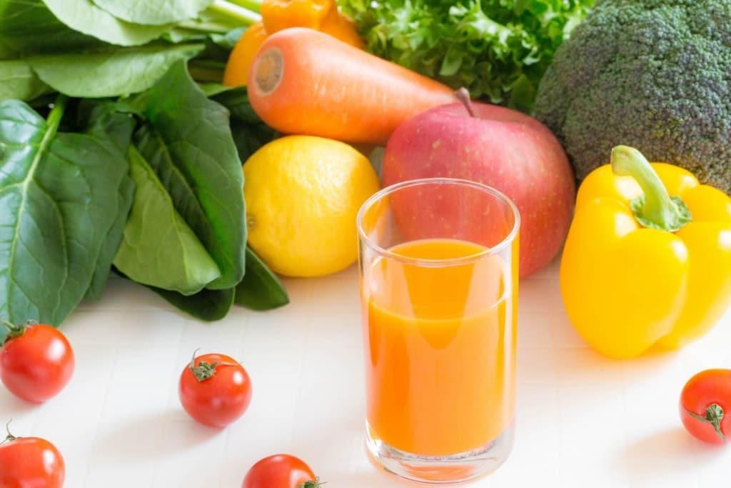 野菜ジュースダイエットで食前に飲む方法