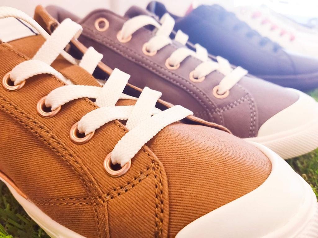 恋愛スピリチュアルジンクス⑧右の靴ひもがほどける