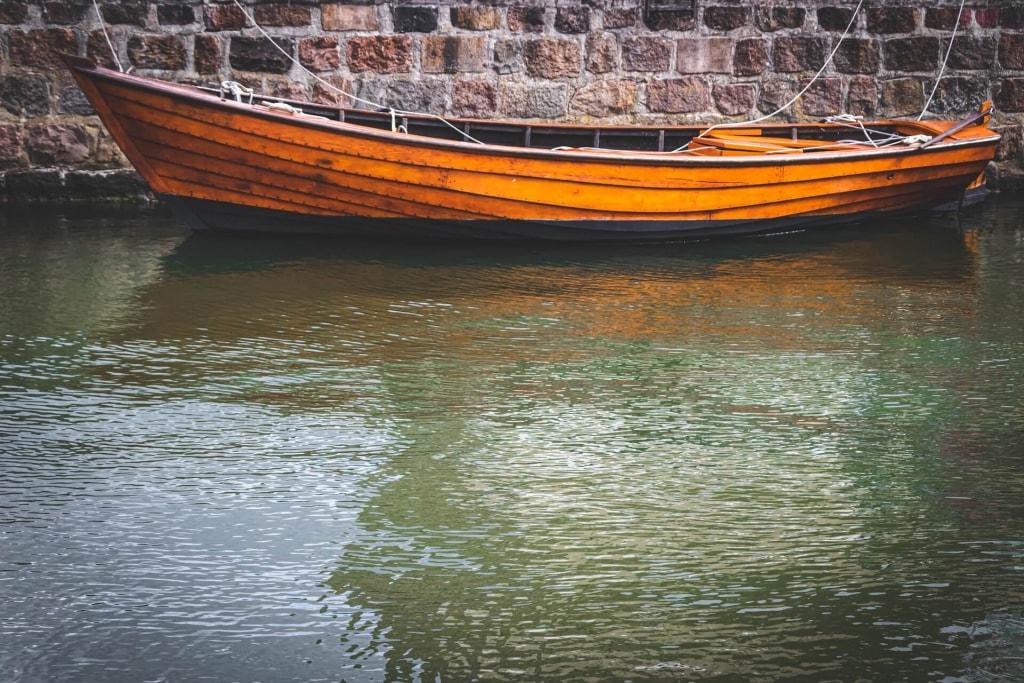夢占い|川に船がある時の夢占い