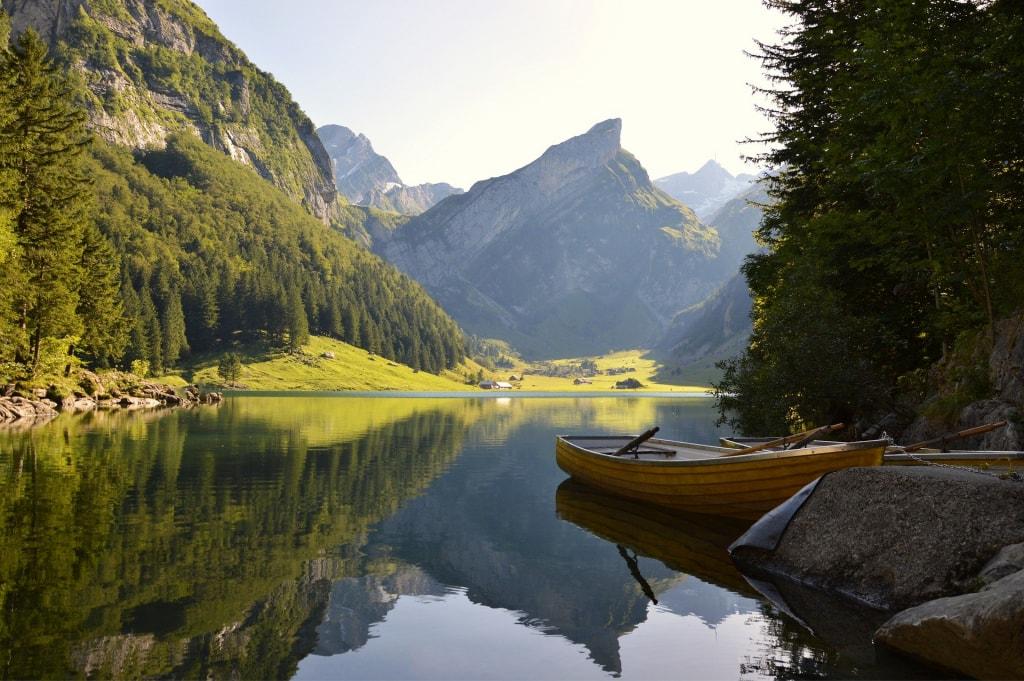夢占い|山と川が見える夢