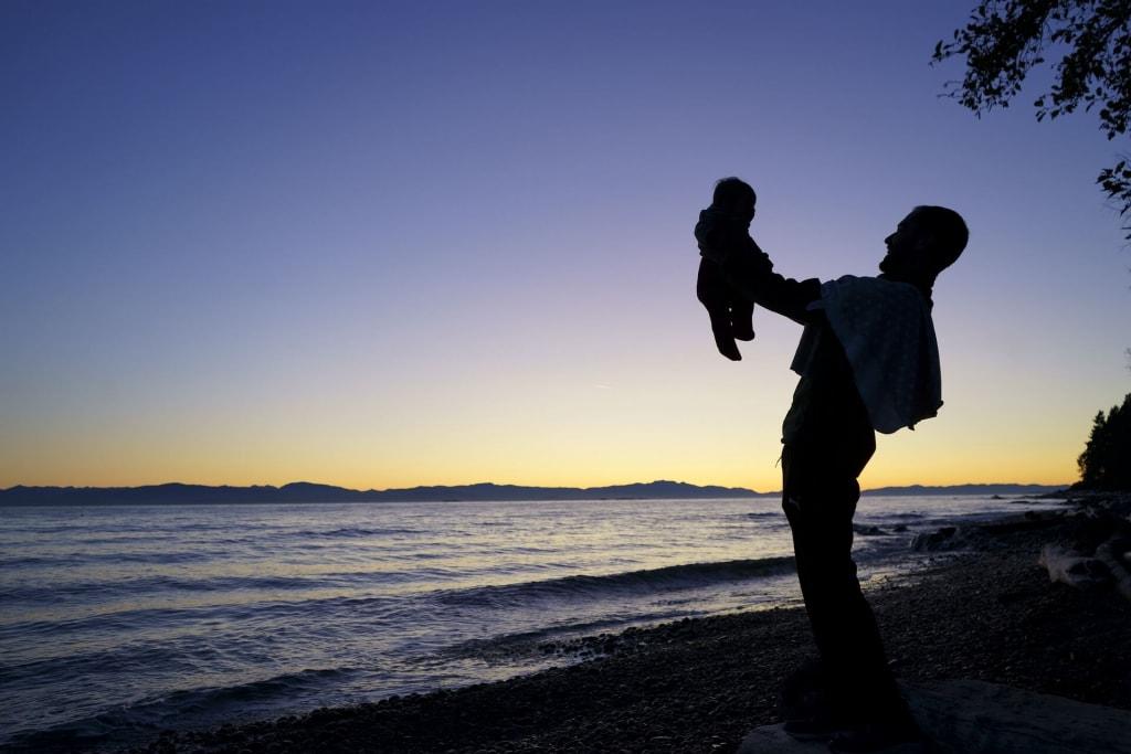 母性本能をくすぐる男性の行動⑦子供と本気で遊んでいる姿