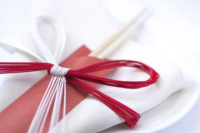 夫婦箸を結婚祝いに贈るときの選び方