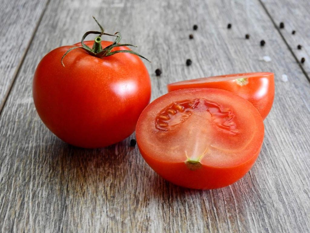 トマトのカロリーは?
