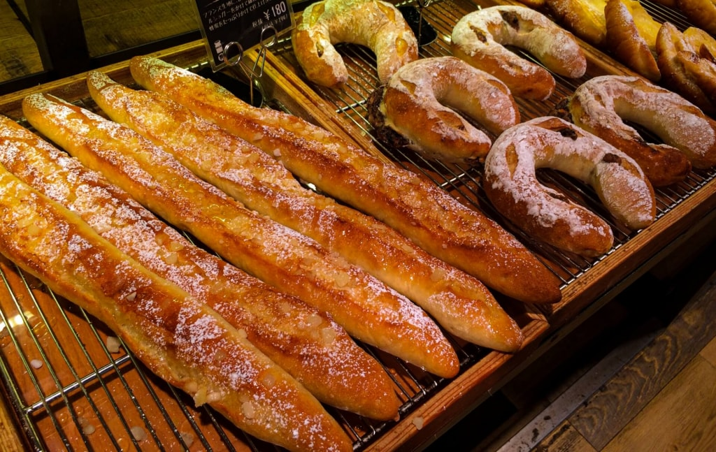 フランスパンのカロリーは他のパンより低い?高い?