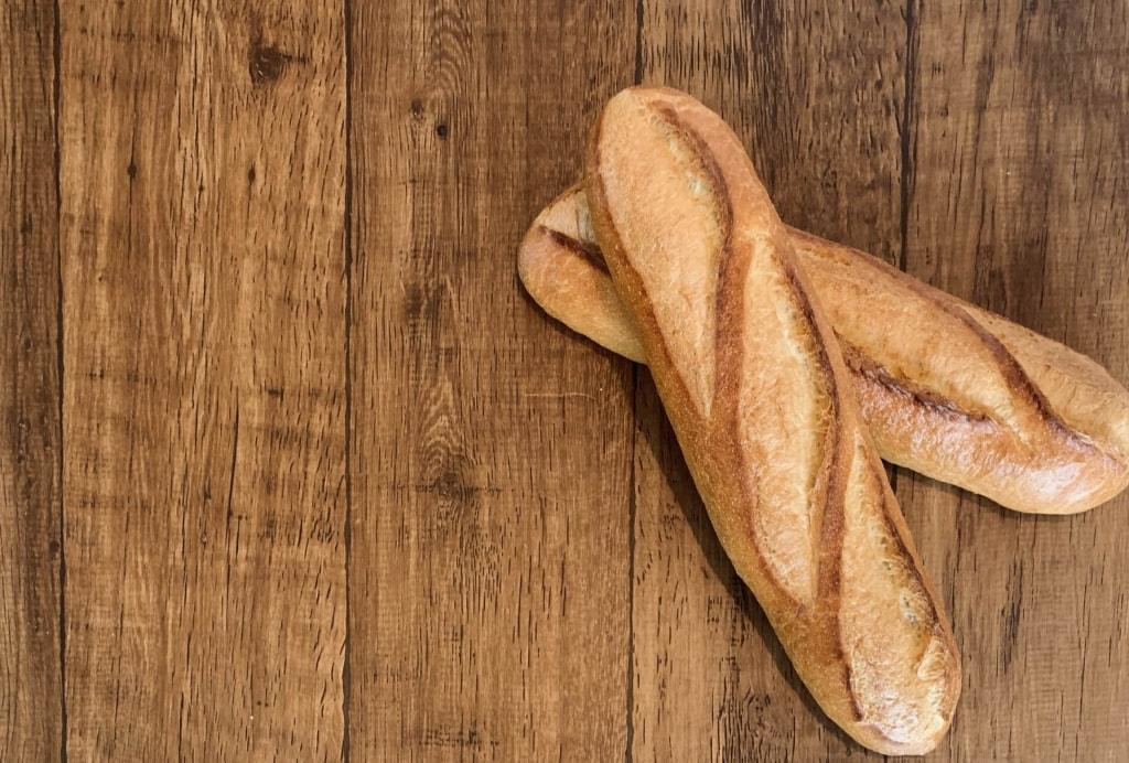 フランスパンの糖質は?ダイエットに向いている?